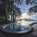 The Monttra Pattaya : Infinity Edge Pool